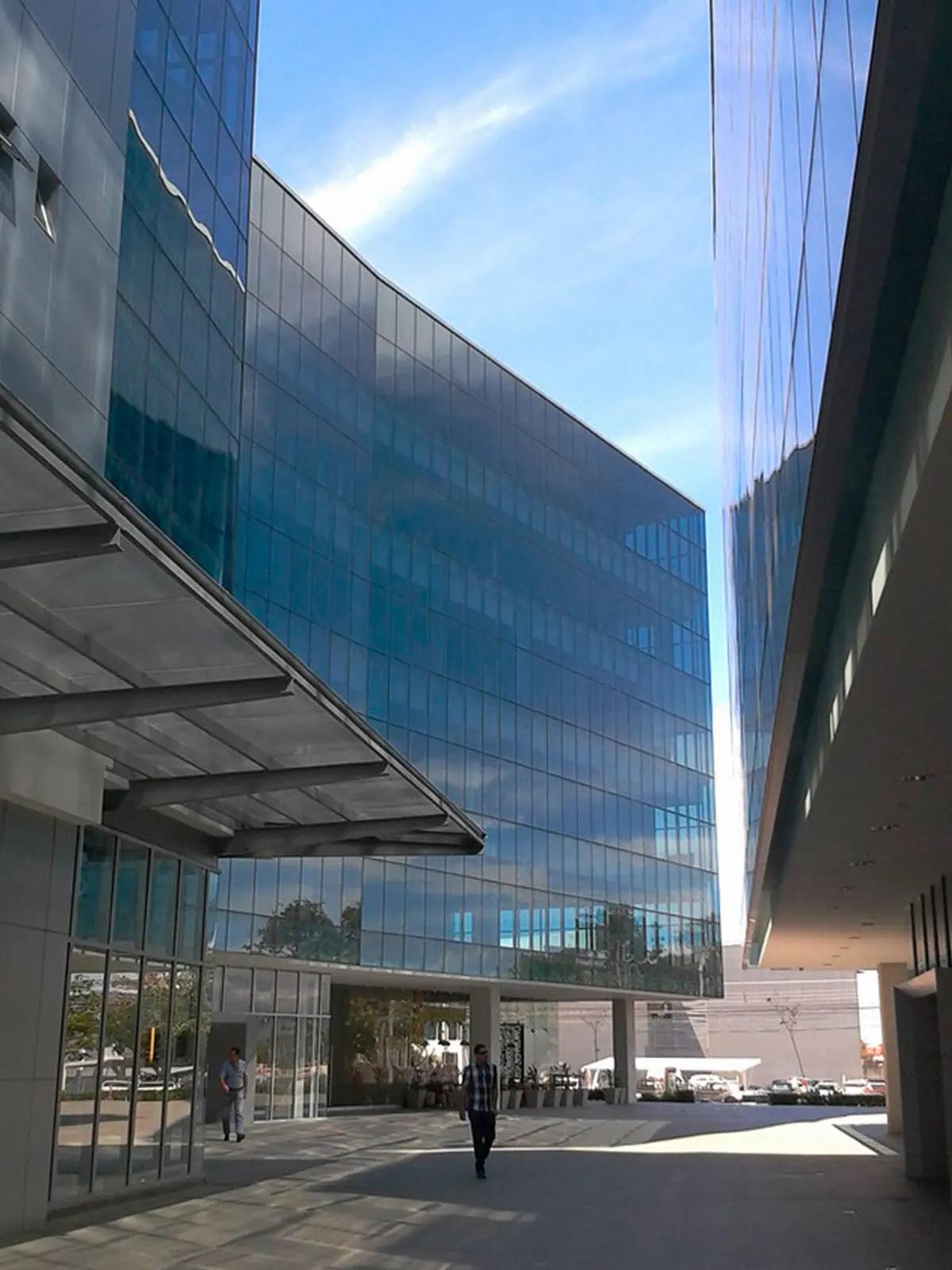 Sigma <em>Business Center</em>